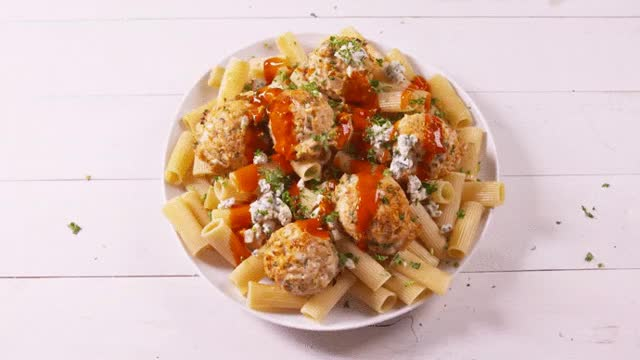Watch Buffalo Chicken Meatballs GIF by @drocks27 on Gfycat. Discover more GifRecipes, gifrecipes GIFs on Gfycat