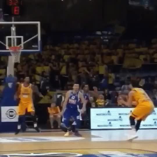 Watch гифки-большие-гифки-баскетбол-4851496 GIF on Gfycat. Discover more related GIFs on Gfycat