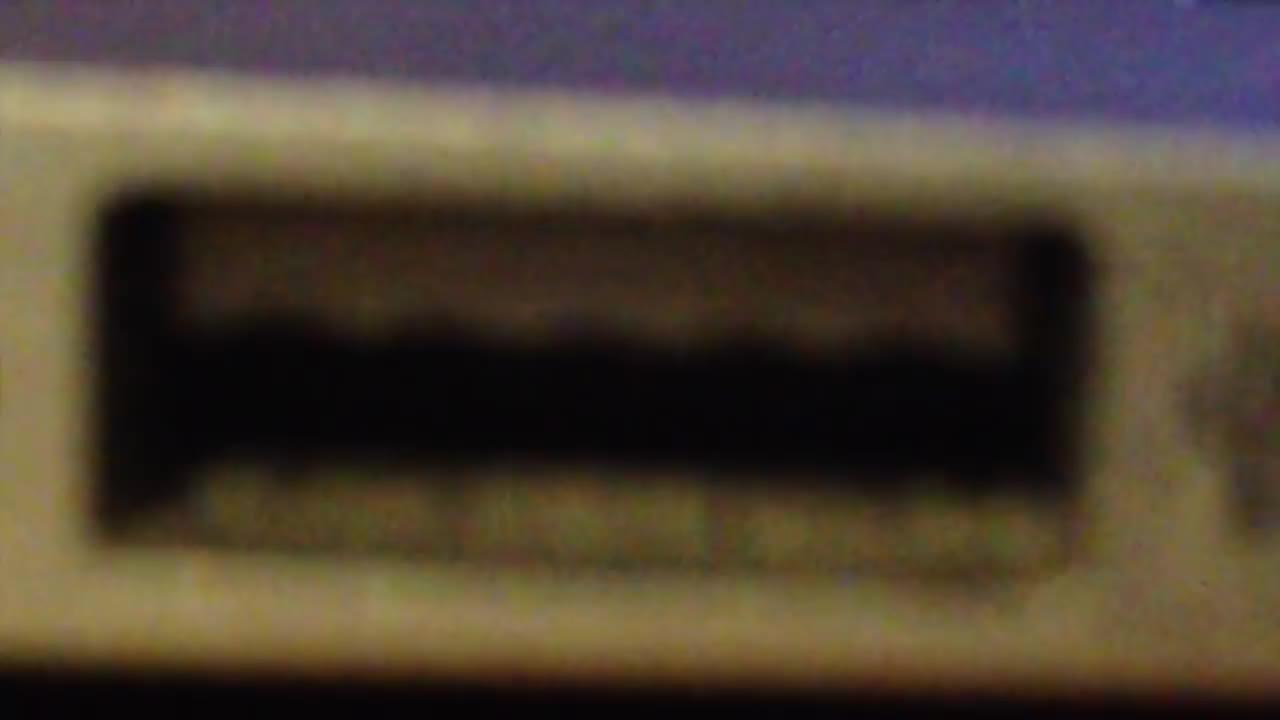 Christopher Nolan, Dock, Film & Animation, Hans Zimmer, Hans Zimmer (Composer), Imperfect Lock, Interstellar (Film), Parody, RaffiNGO, Soundtrack, USB, come on tars, iMovie, matthew mcconaughey, ost, tars, 인터스텔라 보다 긴박한 'USB 도킹, Interstellar Parody imperfect usb dock GIFs