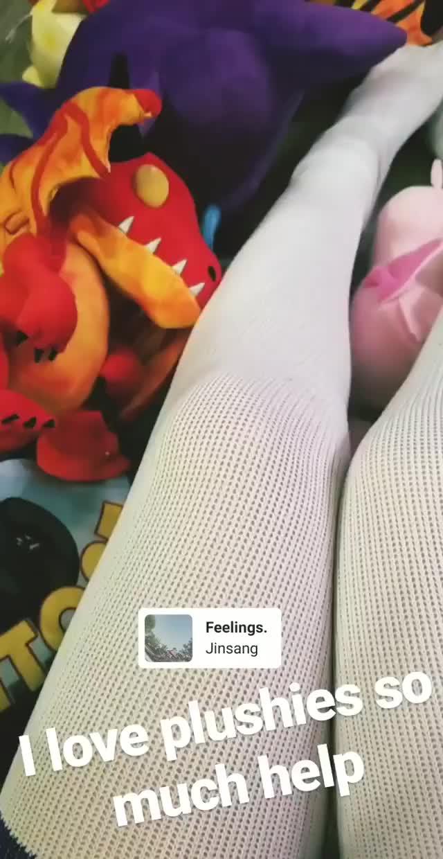 Watch and share Jennalynnmeowri 2018-12-22 04:47:04.011 GIFs by Pams Fruit Jam on Gfycat