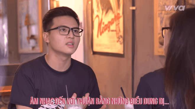 Dương Thuận The Voice nghẹn ngào trước thư tay của mẹ, từng trách gia đình không quan tâm