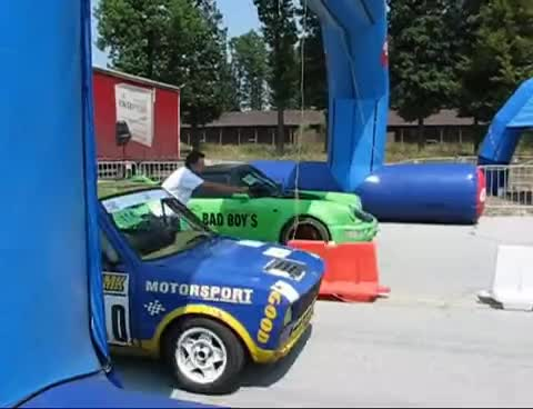 porsche, yugo, Porsche vs. Yugo GIFs