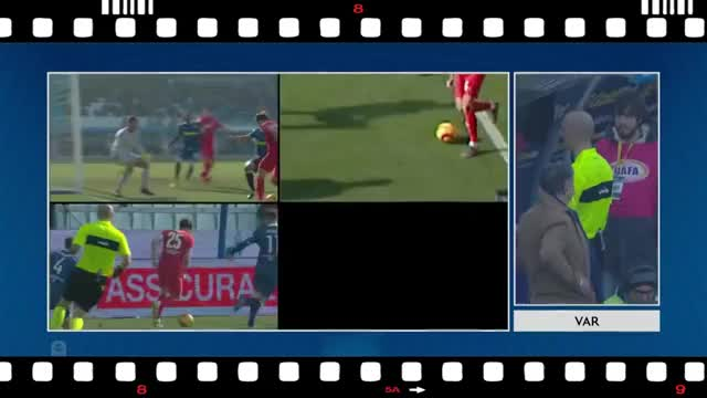 Watch and share Fiorentina GIFs and Arbitros GIFs on Gfycat
