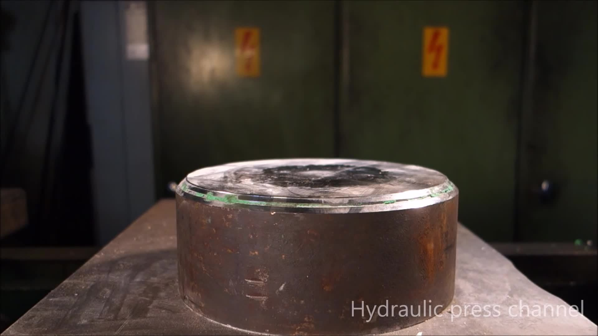 hydraulic press channel, hydraulicpresschannel, me_irl, me irl GIFs
