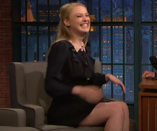 Watch and share Late Night With Seth Meyers GIFs and Dakota Fanning GIFs by hershlag on Gfycat