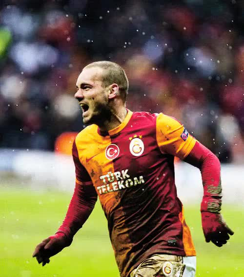 Watch and share Wesley Sneijder GIFs and Galatasaray Sk GIFs on Gfycat
