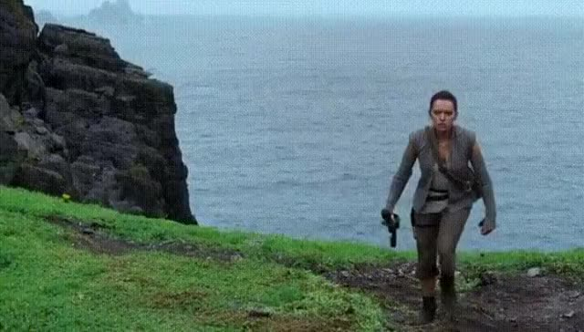 Watch Luke Skywalker's new black jedi outfit GIF on Gfycat. Discover more daisy ridley GIFs on Gfycat