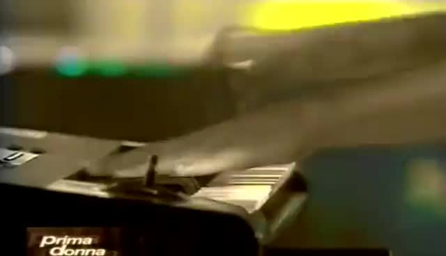 Alizée - Gourmandises (Prima Donna) 1080p GIFs