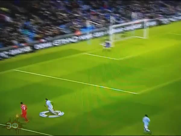 Watch and share Roberto Firmino Double Sombrero GIFs by Эстетика Футбола on Gfycat