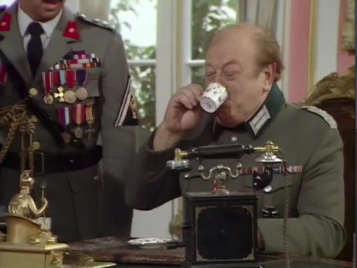 allo allo, choke, choking, coffe, drink, spit out, tea, allo allo - choke on drink GIFs