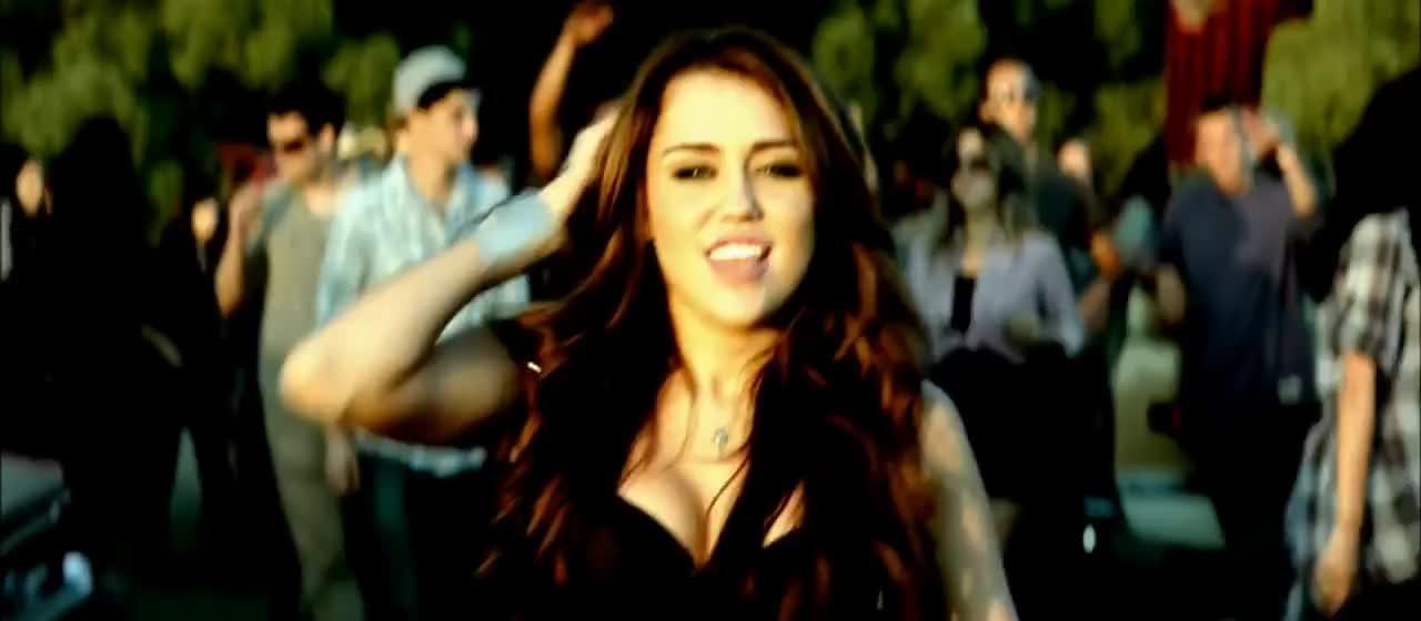 MileyCyrus, SMC2 GIFs