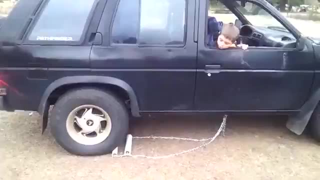 Clever way of backing up a truck without a broken reverse gear GIFs