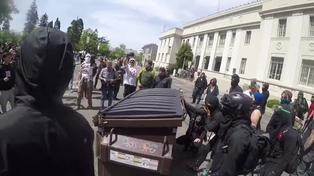 Watch Berkeley Protesters Take the Pepsi Challenge GIF on Gfycat. Discover more alt right, berkeley, california GIFs on Gfycat