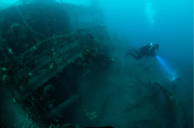 Watch and share Diving In Iceland GIFs and Silfra Snorkel GIFs by divingisland on Gfycat