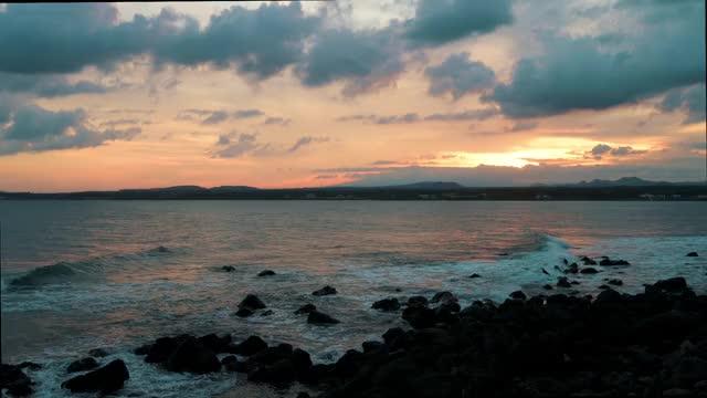 Watch and share Waves (Jeju Island - South Korea) GIFs by jangottweiss on Gfycat