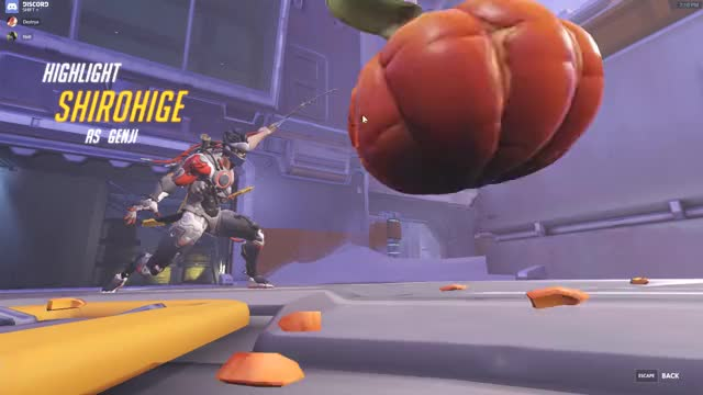 Watch and share THICC DEFLECT GIFs by shirohige1 on Gfycat