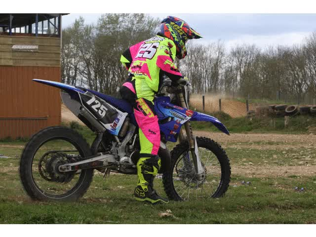 Watch flo GIF on Gfycat. Discover more mx, race GIFs on Gfycat