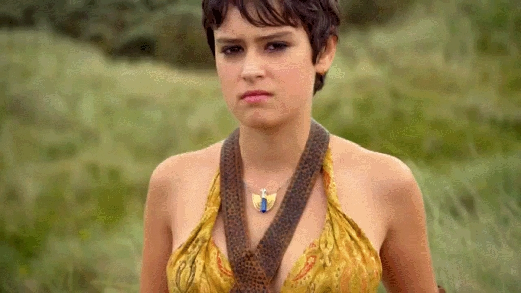 Rosabell Laurenti Sellers Gifs Search   Search & Share on Homdor