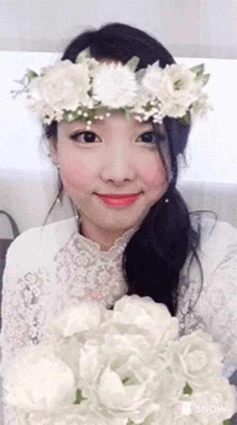 Watch and share Nayeon GIFs and Twice GIFs by Dang_itt on Gfycat