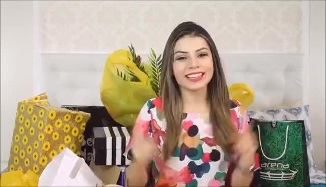 Watch and share Presentes De Aniversário + Caixa Postal | Paloma Soares GIFs on Gfycat