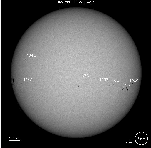 SpaceGifs, spacegifs, 305 days of sunspots in one GIF. A perfect example of the dynamic, ever-changing face of the Sun. (reddit) GIFs