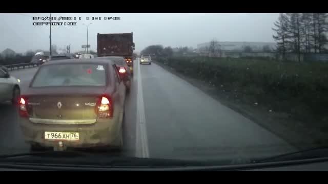 Watch Craziness on the Road GIF on Gfycat. Discover more Autos & Vehicles, Craziness on the Road, accident, car crash, cars, idiots on wheels, russia GIFs on Gfycat