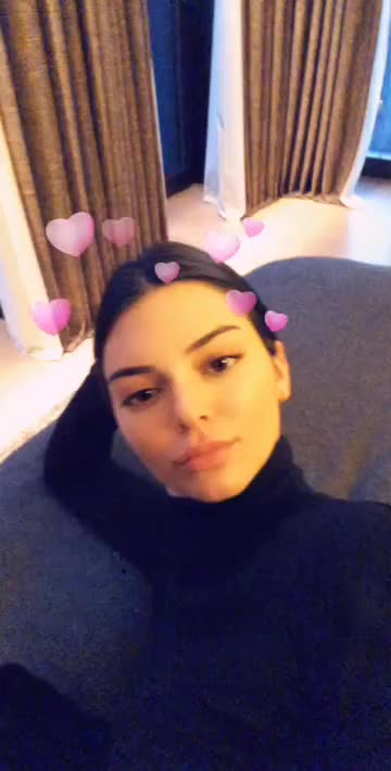 Watch and share Kendalljenner~U6C9h-sDTnGO3stpfuZEkQAAAP-Ff2wJjH04qAWDwUbbnAWDwUbMGAAFRgA GIFs by younghawthollywood on Gfycat