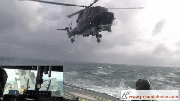 7 Helicopters Making Terrifying Landings At Sea GIFs