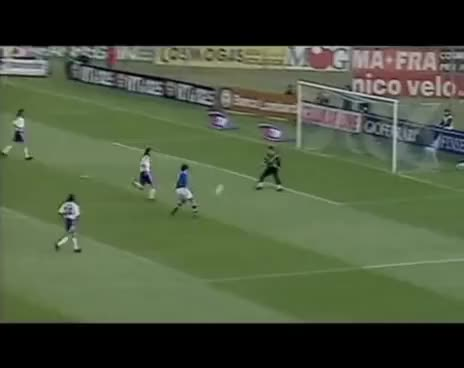Watch and share Fiorentina GIFs and Intervista GIFs on Gfycat
