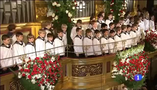 Watch niños cantores de viena GIF on Gfycat. Discover more ised GIFs on Gfycat