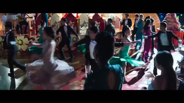 Watch Exclusive: 'Crazy Rich Asians' Trailer GIF on Gfycat. Discover more Chemistry, EXCLUSIVE, Henry, NEW, Singapore, asian, chinese, constance, eastsiders, ellen, ellentube, golding, trailer, wu GIFs on Gfycat
