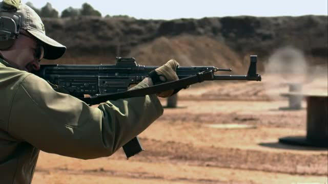 An Indian Army sniper prowls the Thar Desert during Exercise