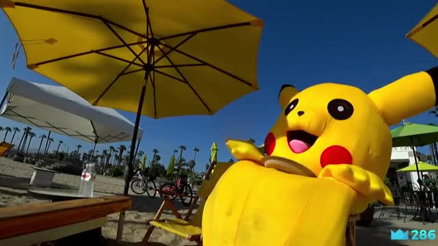 Pikachu eating pizza