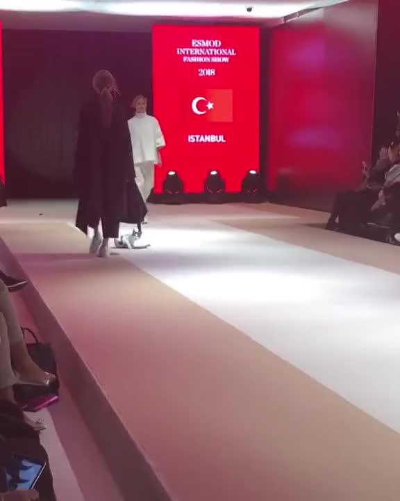 Watch catwalk GIF on Gfycat. Discover more boneu GIFs on Gfycat