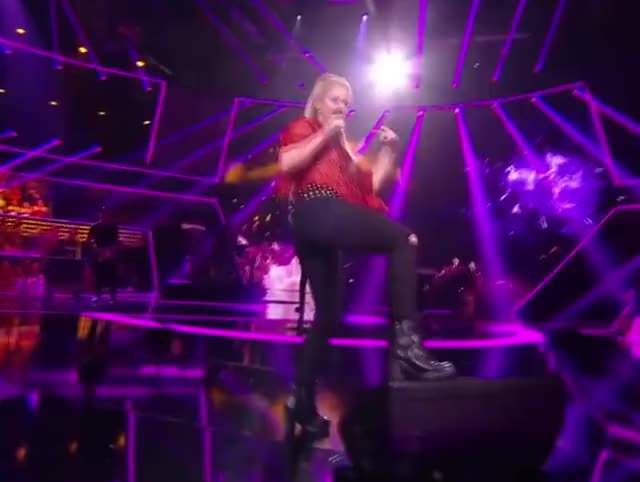 Watch and share Shakira Dance GIFs on Gfycat