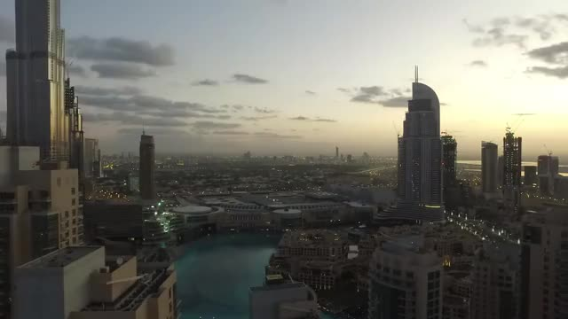 Watch and share Dubai GIFs by karenfernanda on Gfycat