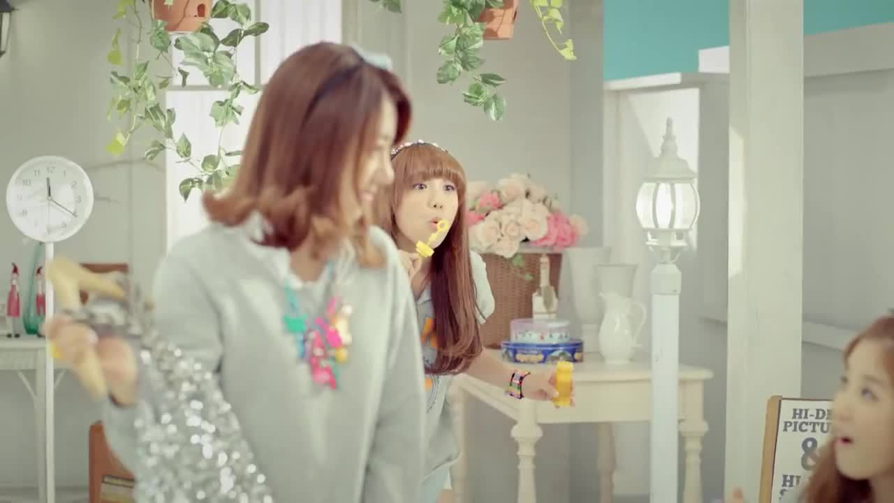 kpopgfys, The members of APink were sick of Eunji's constant bullying but she couldn't care less (reddit) GIFs