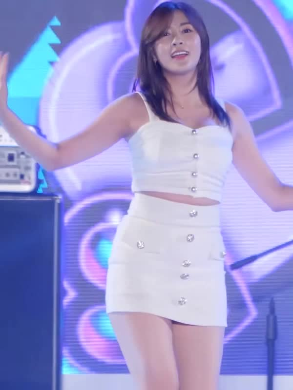 Watch and share Oh Ha Young GIFs and 오하영 GIFs by koreaactor on Gfycat