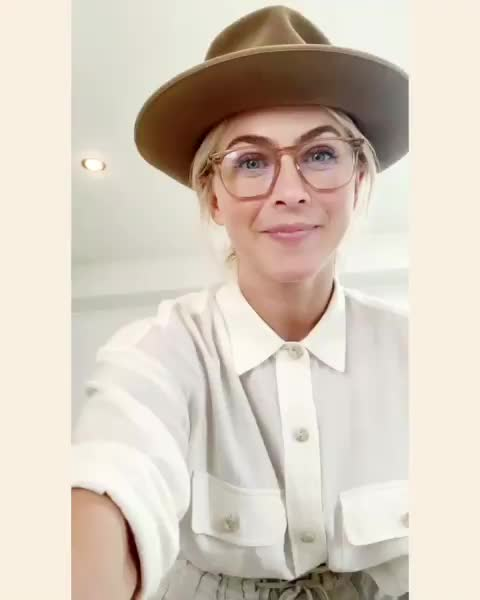 Watch and share Julianne Hough GIFs and Celebrities GIFs by Richie on Gfycat