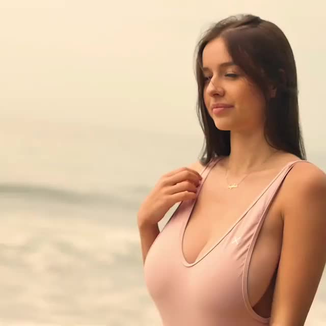 Watch this boobs GIF by @luigiperry27 on Gfycat. Discover more sophie mudd GIFs on Gfycat