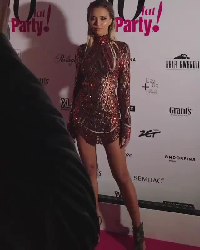 Watch this red carpet GIF on Gfycat. Discover more red carpet GIFs on Gfycat