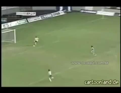 Watch Fail Goleiro GIF on Gfycat. Discover more Fail, Goleiro GIFs on Gfycat