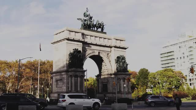 Watch and share Grand Army Plaza GIFs and New York City GIFs by cdwaters on Gfycat