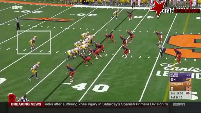 Watch and share Cuse Forces Cutback V Fournette GIFs by bleigh35 on Gfycat