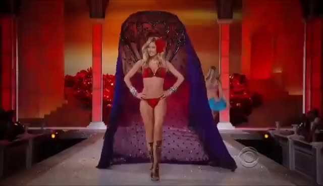 Watch this doutzen kroes GIF on Gfycat. Discover more doutzen kroes, victorias secret GIFs on Gfycat