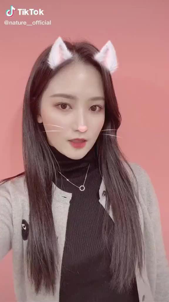 Watch and share Choi Yubin GIFs and Chaebin GIFs by harlequinn__ on Gfycat