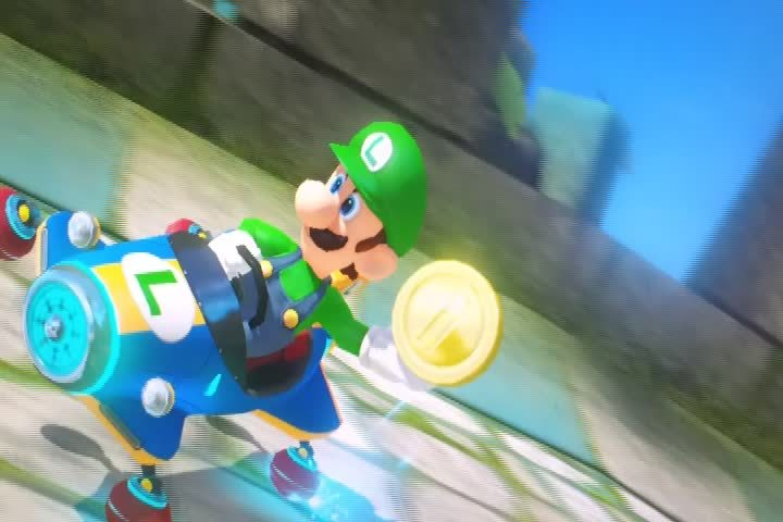 mariokart, Luigi being the stone cold badass he is. (reddit) GIFs
