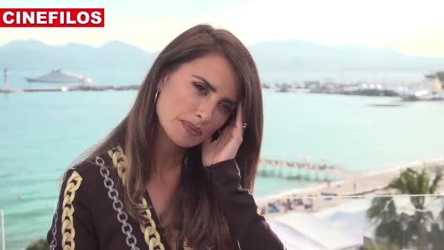 Watch and share Penélope Cruz GIFs and Celebs GIFs on Gfycat