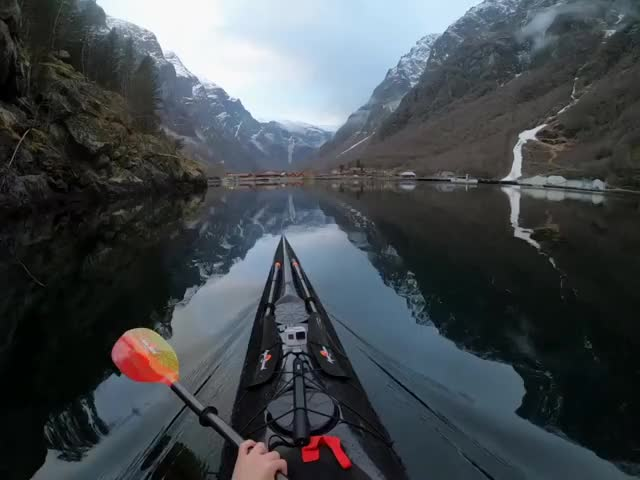Watch and share Nature GIFs by t-h-a-t-o-n-e-8-6 on Gfycat