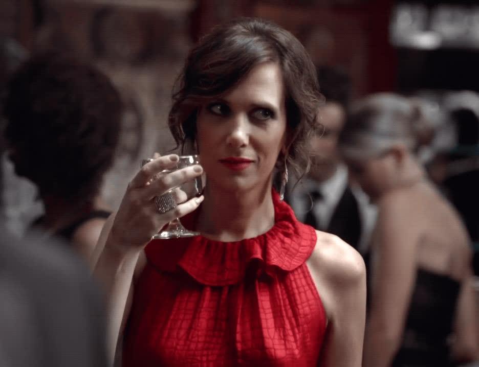 cheers, flirt, kristen wiig, red flag, snl, wink, Kristen Wiig Wink GIFs